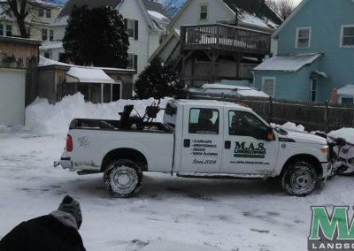 011-snow-plowing-mas-landscaping
